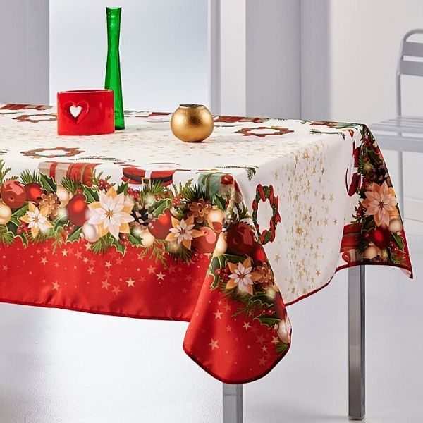Stain Resistant Tablecloth - Christmas Garland